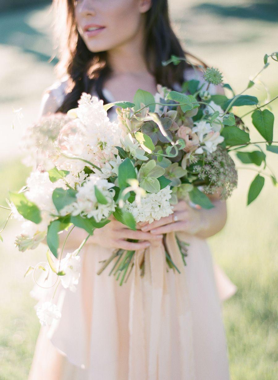 Photography : Samantha Kirk Photography Read More on SMP: http://www.stylemepretty.com/california-weddings/agoura-hills/2016/05/19/agoura-hills-sunrise-bridal-shoot/