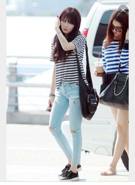 a16c984caec2 shoes 4minute hyuna 4minute hyuna kpop kdrama korean street style korean  fashion korean style korean idol kop idol shirt jeans sneakers celeb