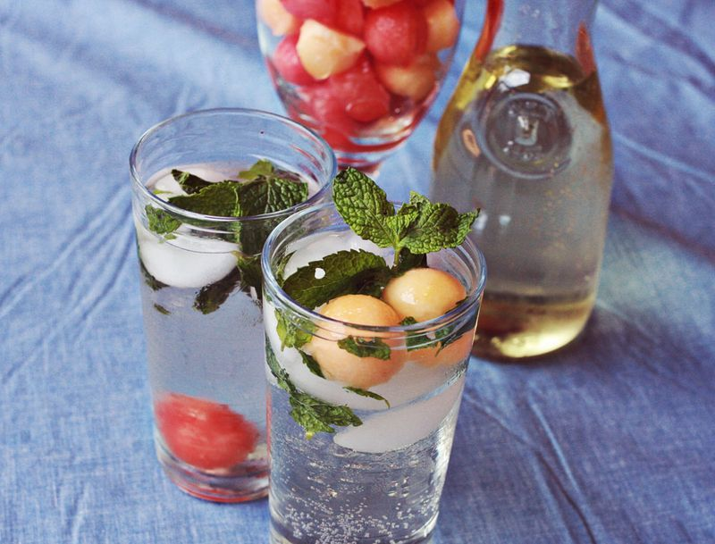 how to: white wine spritzers