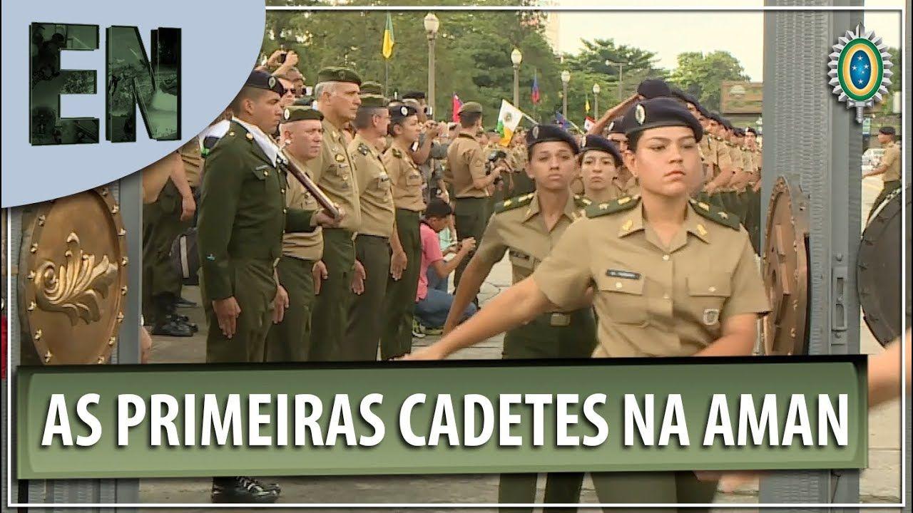 Entrada Das Primeiras Cadetes Na Academia Militar Das Agulhas