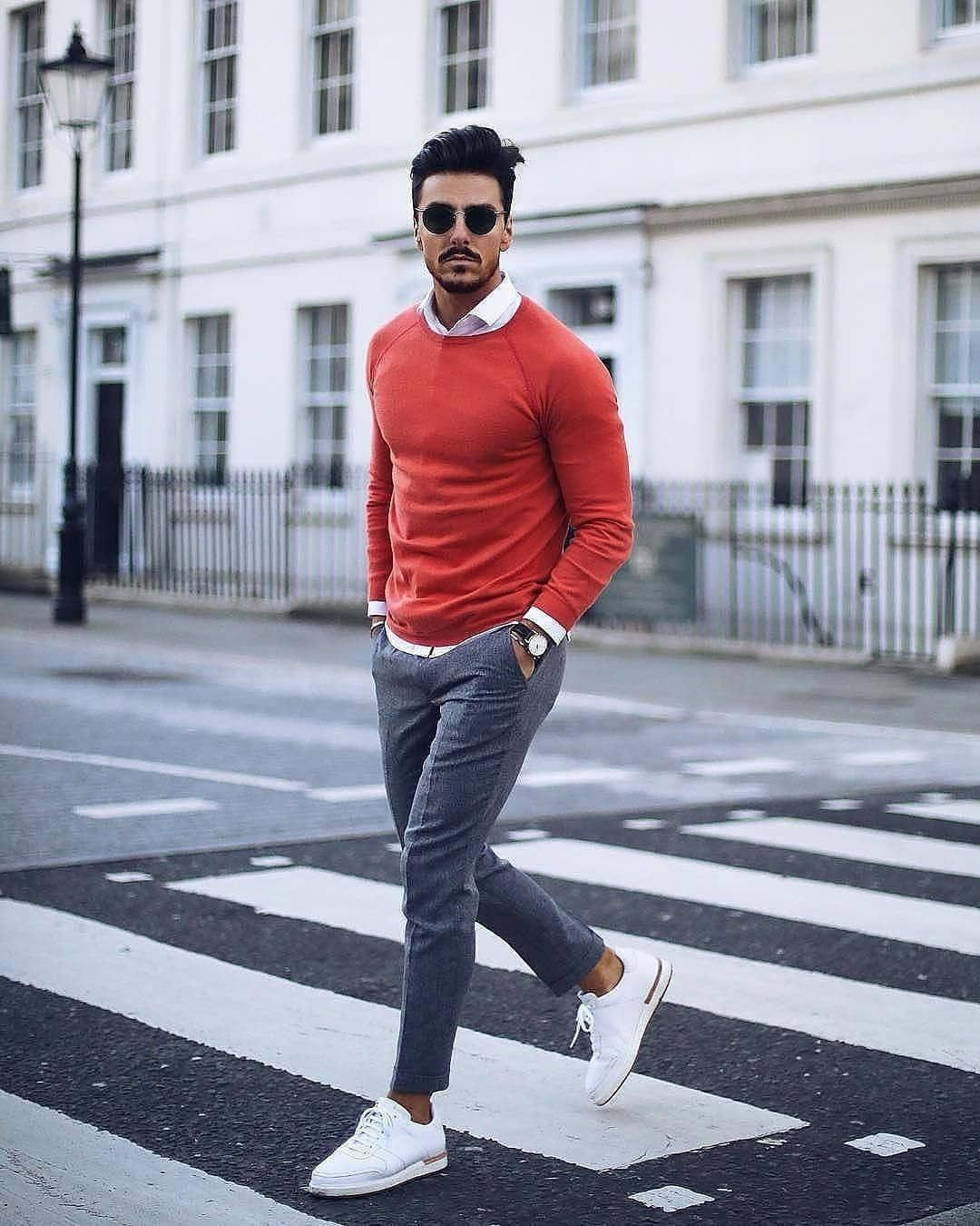 42c7171d0095 Bold-colors-600x750 25 Outfits to Wear with White Sneakers for Men   MensFashionSneakers