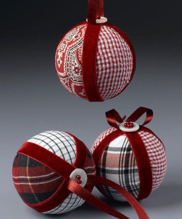 Bolas de navidad en patchwork en tonos rojos navidad pinterest tonos rojos bolas de - Manualidades bolas de navidad ...