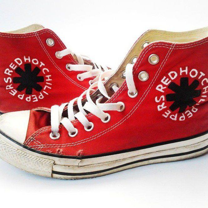 2fbbcc87693bc8 Red Hot Chili Peppers Converse