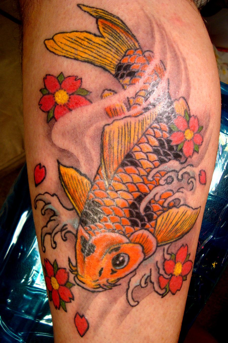 Thus to go with the lotus flower up my leg/side | Japanese