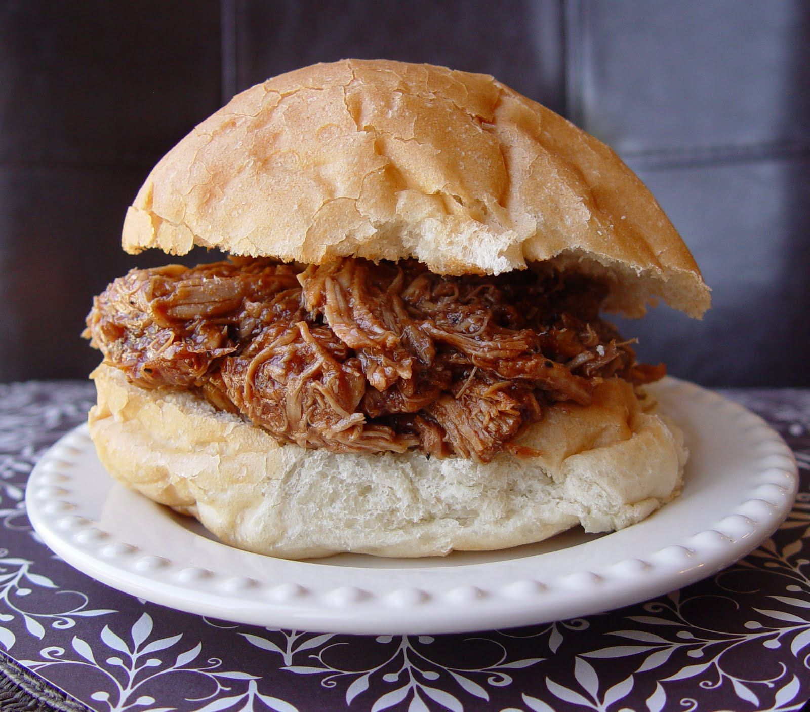 BBQ Pulled Pork Sandwiches (Crock Pot)