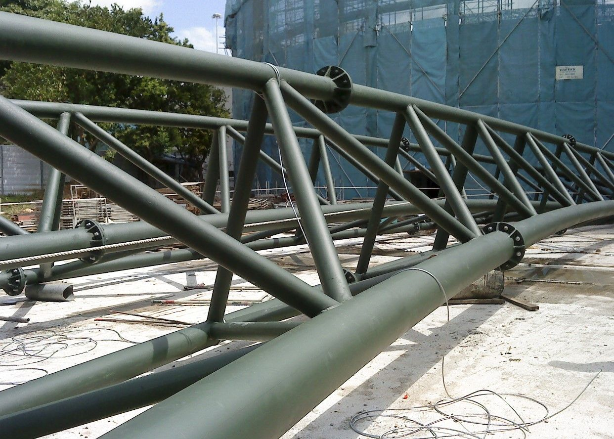 Best 3 Dimensional Curved Roof Truss With Bolt Splice Connections 400 x 300