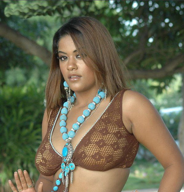 Tamil Actress Without Dress Photos  South Indian Actress -6413