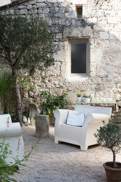 outdoor armchairs the kartell bubble club armchair httpwwwnest
