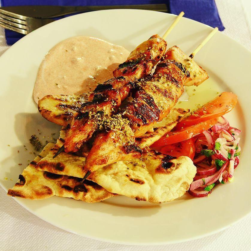 Greek dinner in Bucharest:) _______________________________  #igshotz #instagoodmyphoto #worldtravelbook #BestVacations #visualsoflife #thedailybite #travel #magic #dreams #board #love #life #abundance #Romania #dinner #food #greek