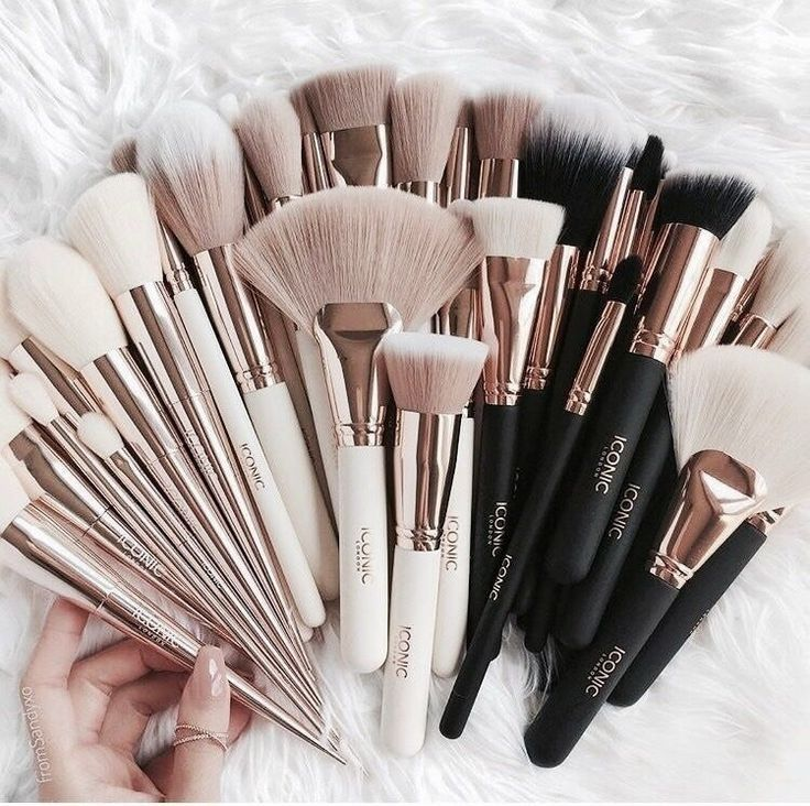Makeup brushes aesthetic makeup brushes aesthetic