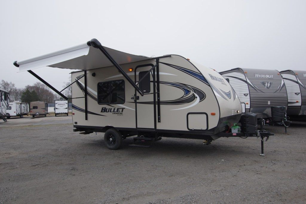 2013 2017 Lakeshore Rv Travel Trailers For Sale Rvs For Sale
