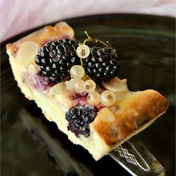 Blackberry and white currant Royale Tarte