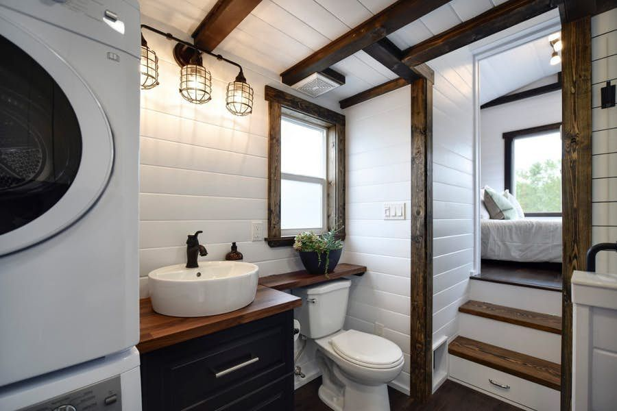 Massive Canada Goose tiny house is worth a gander #tinyhousebathroom