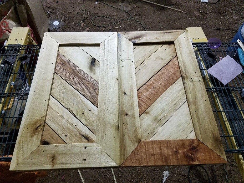 Travis made these kitchen cabinet doors from free pallet ...