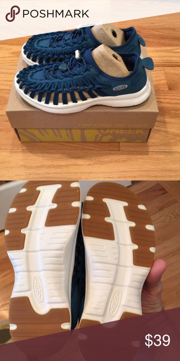 f711b2a19645 Keen Women s UNEEK O2 Sandal New! Brand new in box Women s size 5 Blue   white  Keen Shoes Sandals