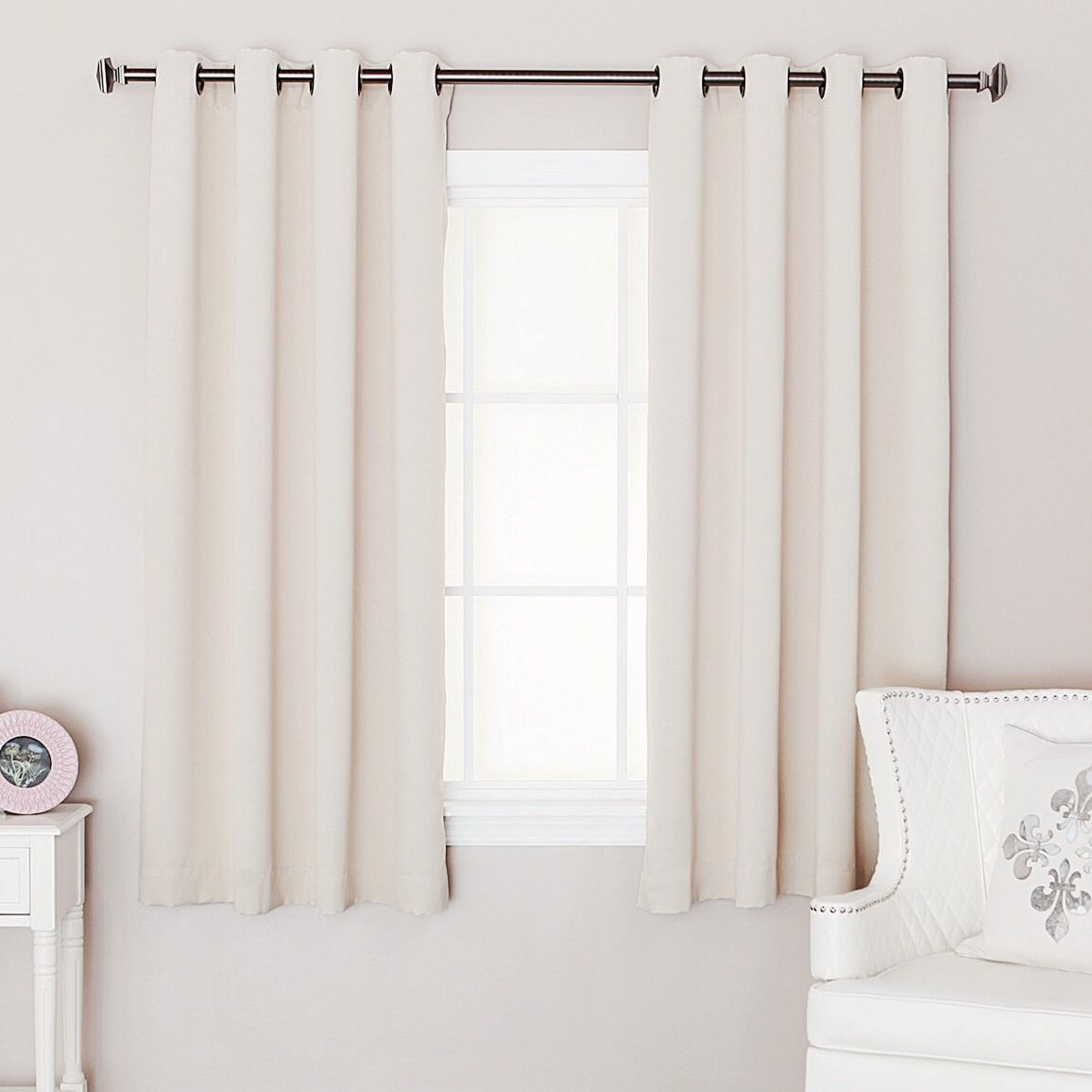 Genial Short Curtains   Square Bedroom Window