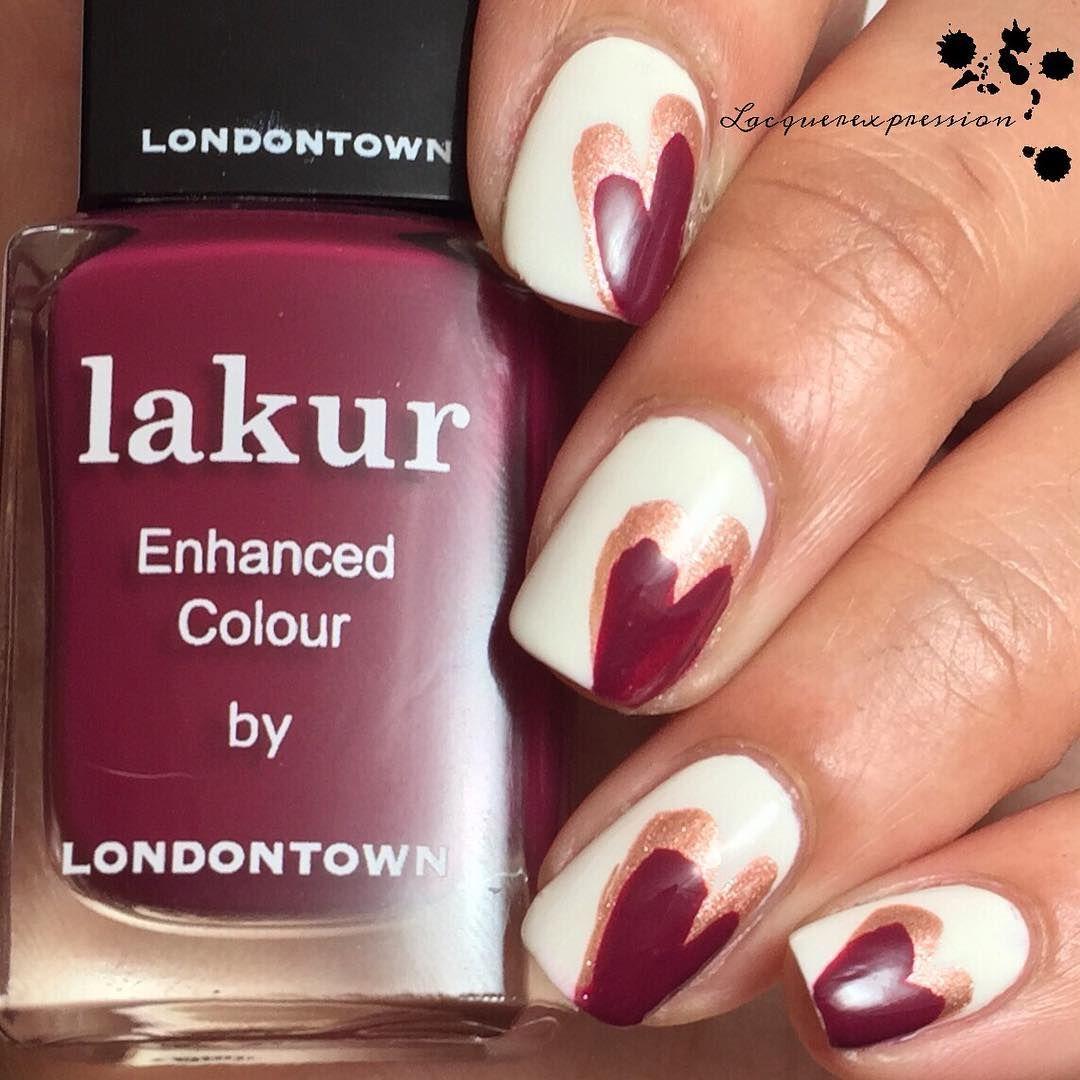 Latina nail artist, swatcher and blogger. BornPrettyStore - 10% off code LATQ10 www.facebook.com/LacquerExpression :lacquerexpression@gmail.com