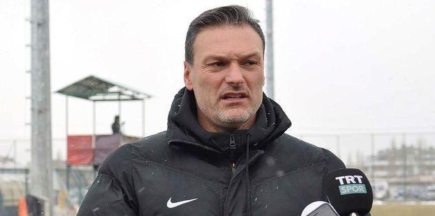 Eskişehirspor'da Alpay Özalan dönemi resmen sona erdi
