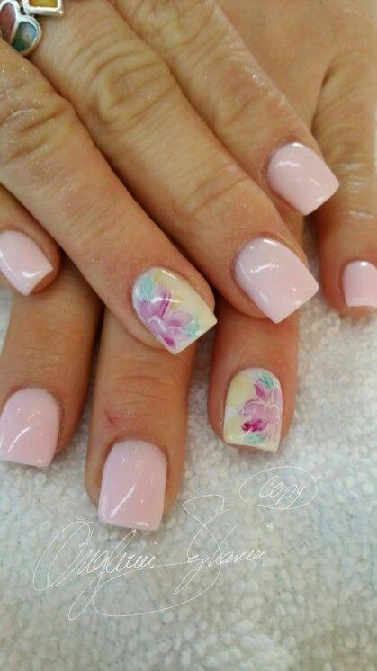 Fleur Style Aquarelle Simple Nails