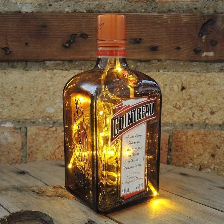 Lichterkette in Glasflasche als attraktive DIY Tischlampe - wohnideen led