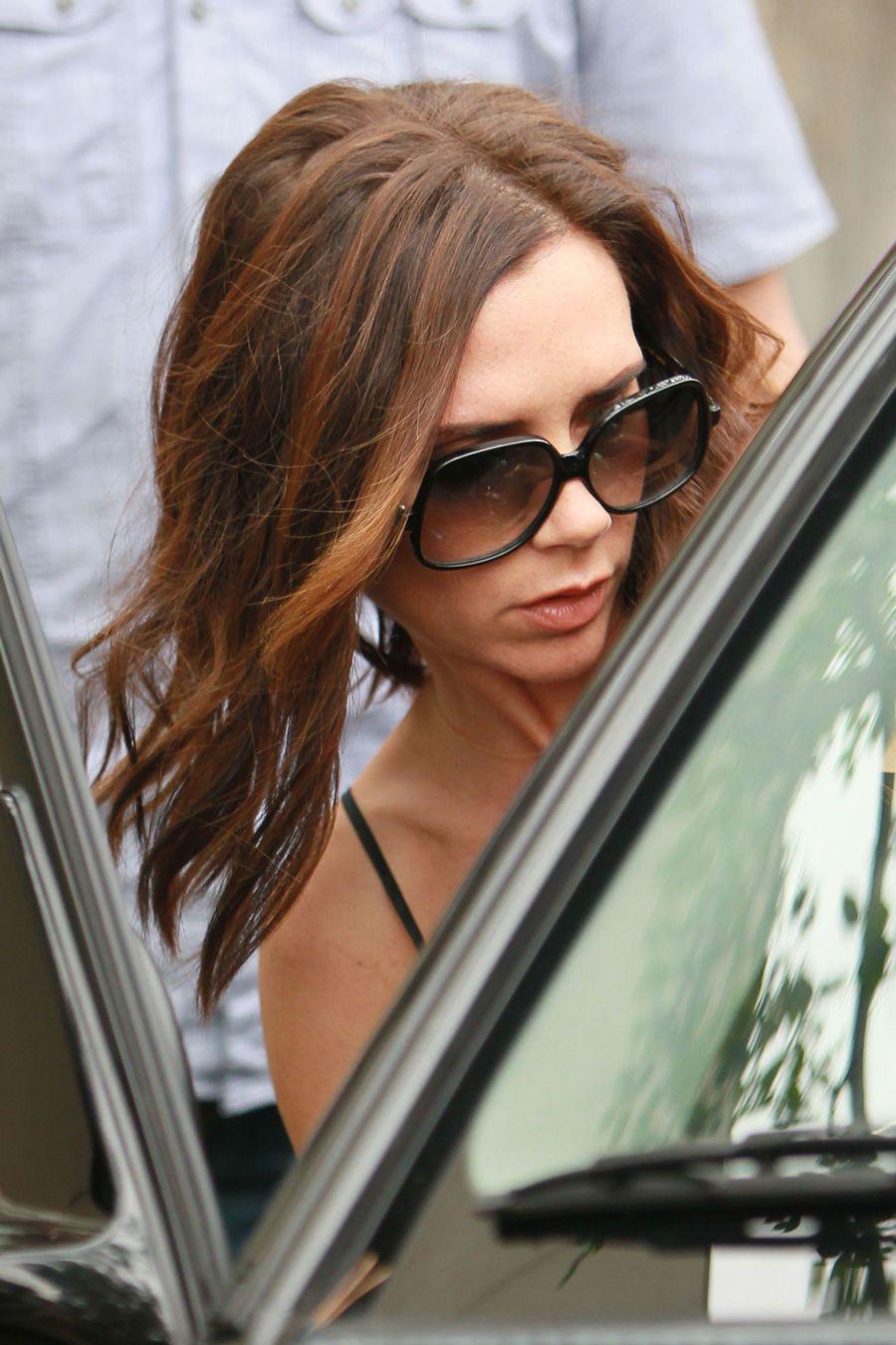 Victoria Beckham Mit Neuer Frisur Victoria Trägt Ihr Haar Kürzer
