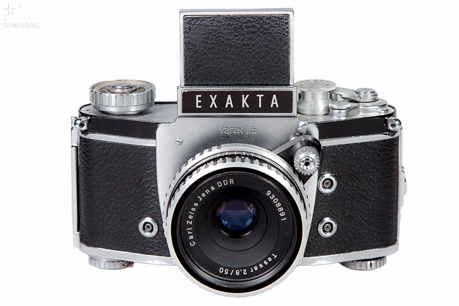 Die Exakta Varex II b ist die Nachfolgerin der legendären Kina Exakta und besitz als erste Kleinbildspiegelreflexkamera einen Wechselsucher.