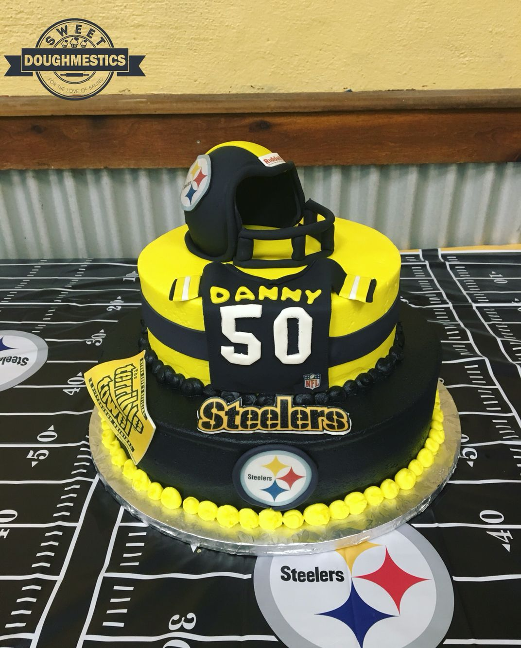 Pittsburgh Steelers Cake by Sweet Doughmestics Sweet