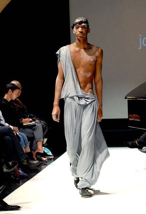 Toga Party Menswear Jose Duran Spring 2010 Collection Channels Gladiators Greeks PartyTogasWomen WearAncient