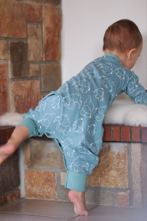 Photo of Free sewing pattern Sleepy Leon 2.0 from sewing cram