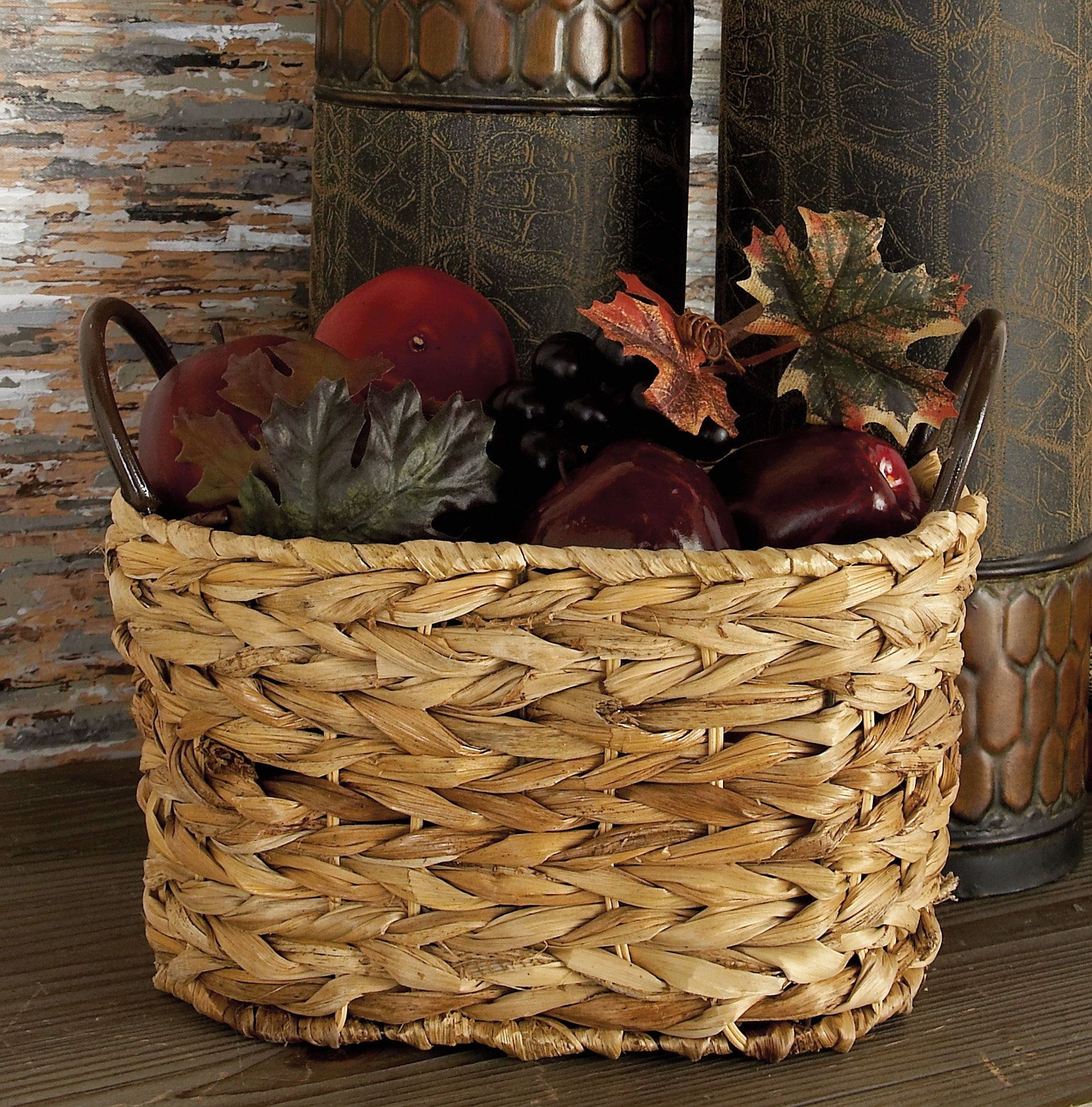 Best wicker baskets and farmhouse baskets for your home