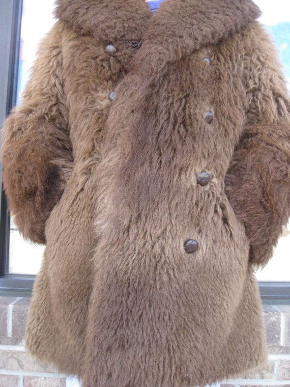 f6dd1a2194a 1890s Mens Authentic Buffalo Fur Coat Or Robe Made In Canada on Etsy,  $1,250.00