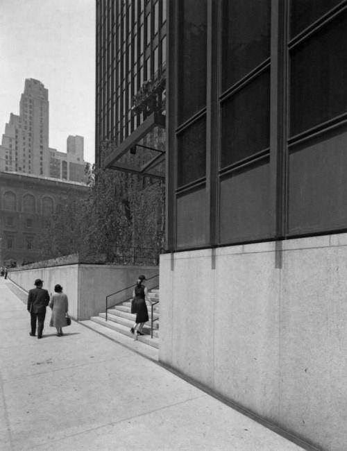 Jonasgrossmann Mies Van Der Rohe Seagramm Building New York Ezra
