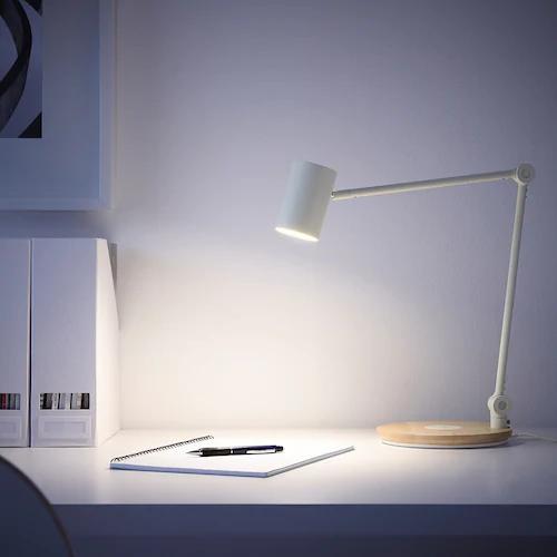 Riggad Lampe De Bureau Del St Charg S Fil Blanc Ca Fr Ikea In 2020 Lamp Work Lamp Table Lamp