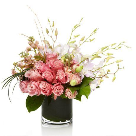 Valentines flower arrangements valentine 39 s day floral for Flower arrangements valentines day