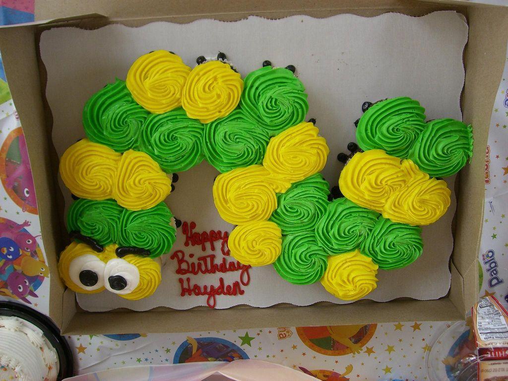 Fun with cupcake cakes cupcake cakes pull apart cupcake