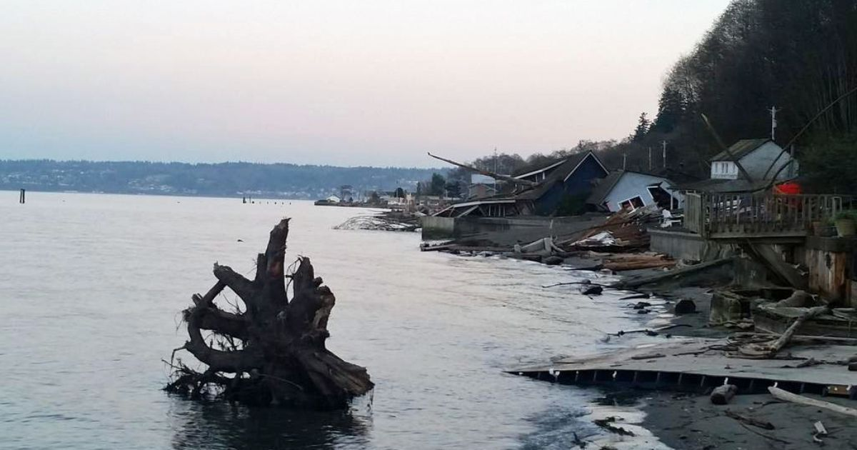 03/08/2015 - Slide destroys another Whidbey Island beach home