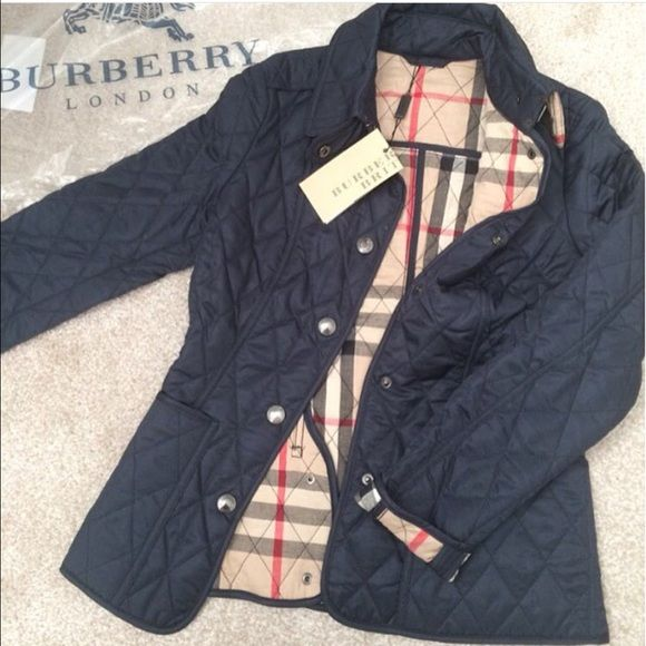 Example of a fake Burberry jacket! NOT SELLING Don t fall for these.  Missing label at top Burberry Jackets   Coats 6c8274fcf46