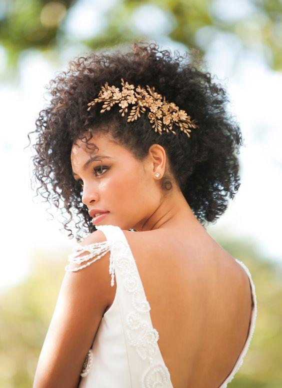 16 idées d'accessoires de mariage pour cheveux afro