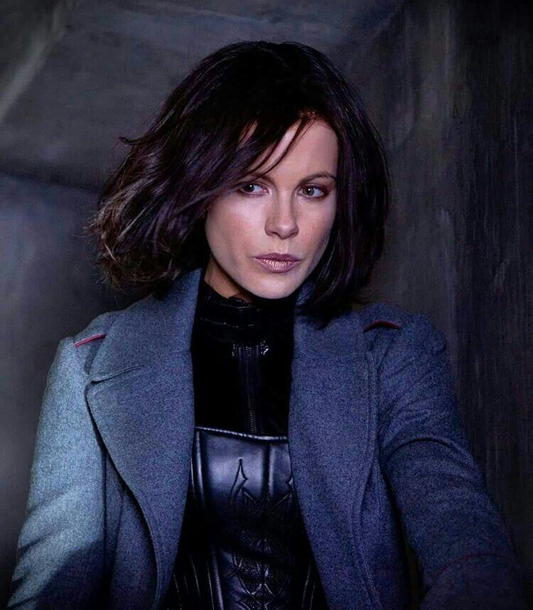 Pin By D Wolf On Kate Beckinsale In 2018 Pinterest Kate