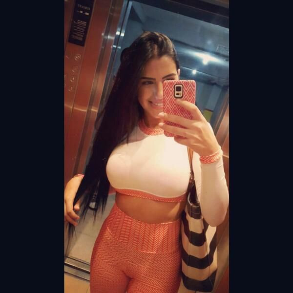 Dancing bbw colombiana bogota katalina in webcams