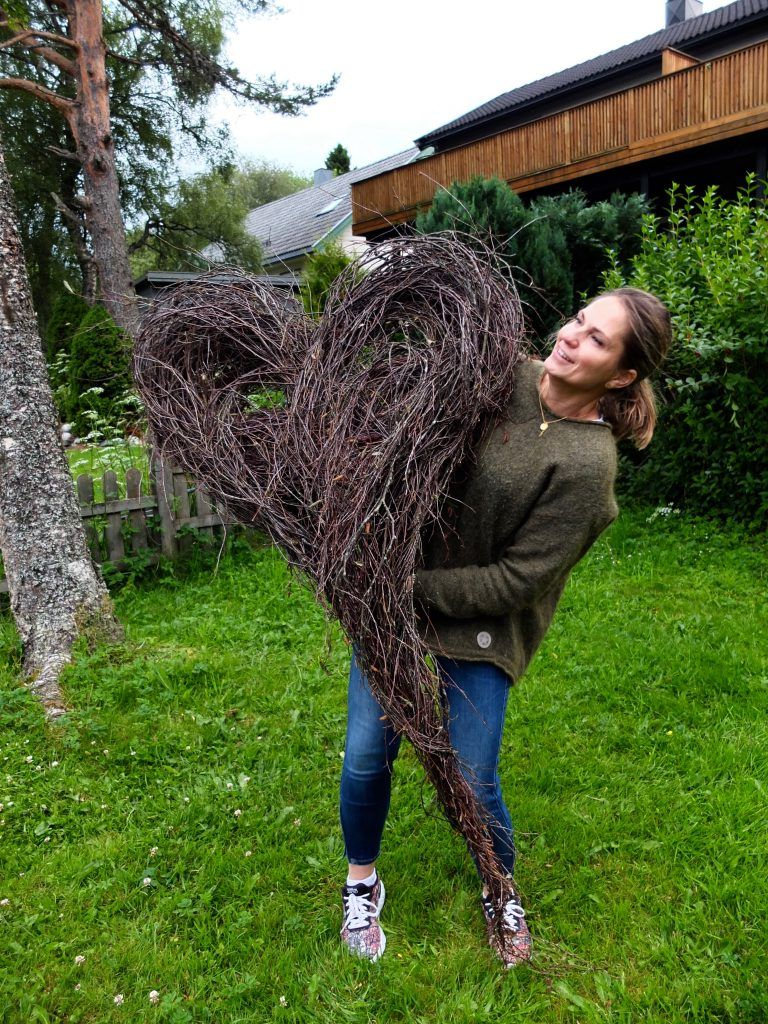 Stort hjerte av hengebjørk