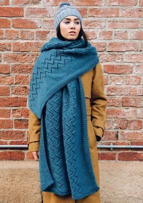 Photo of Oversized scarf in a pattern mix – free knitting line