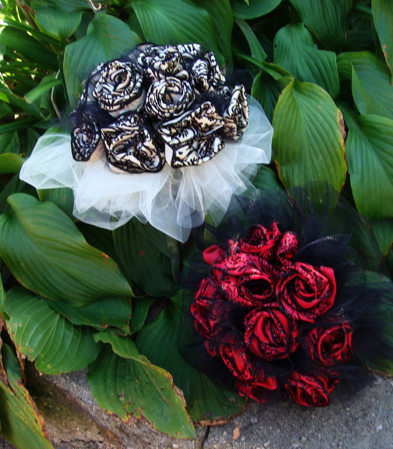 Halloween Wedding Bouquets: Wedding Bouquet In Ivory And