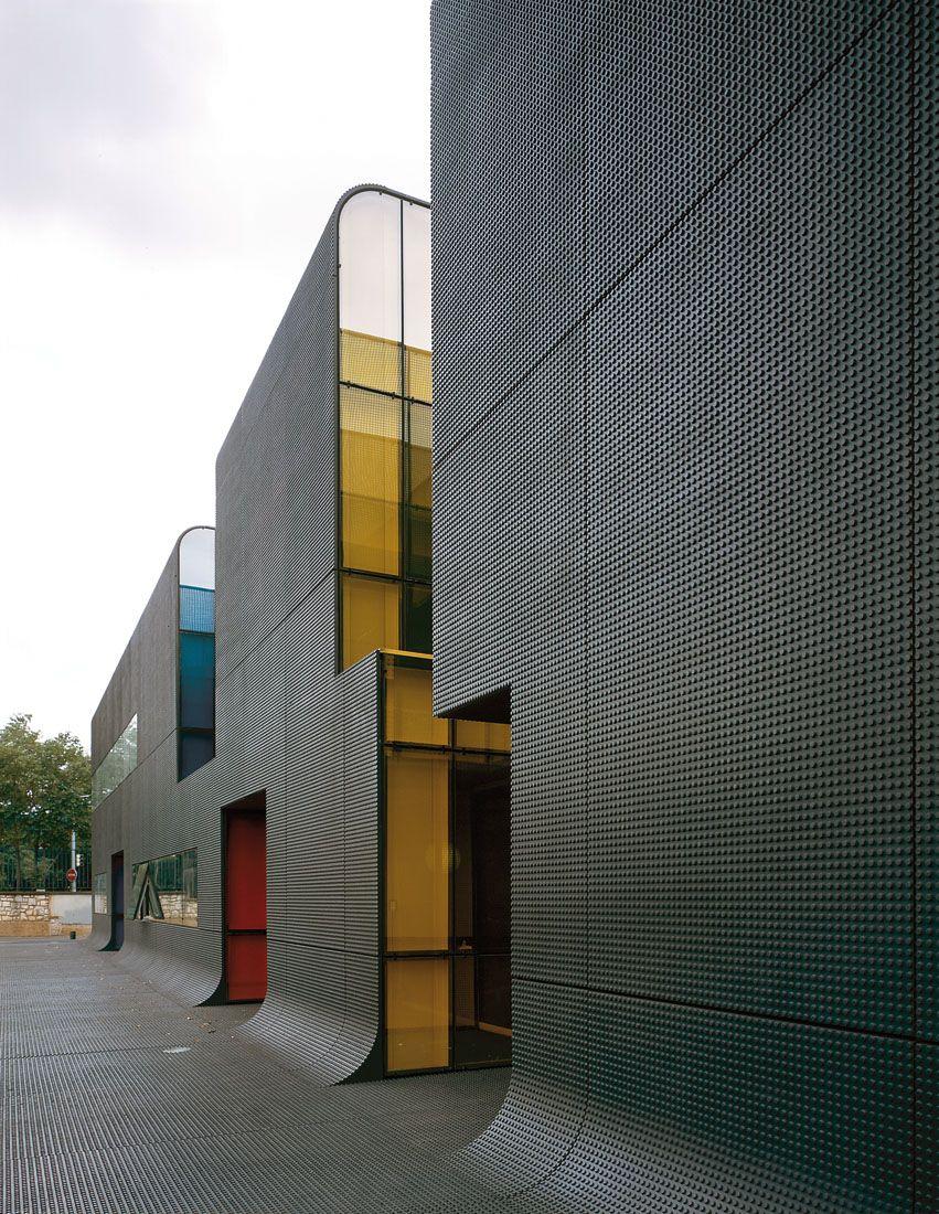 ratp bus center in thiais ecdm pinterest bus fa ades et architecture lumi re. Black Bedroom Furniture Sets. Home Design Ideas