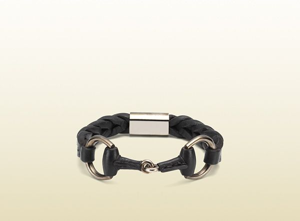 Signature horsebit detail on leather bracelet from Gucci. #mens #fashion #accessories #gucci