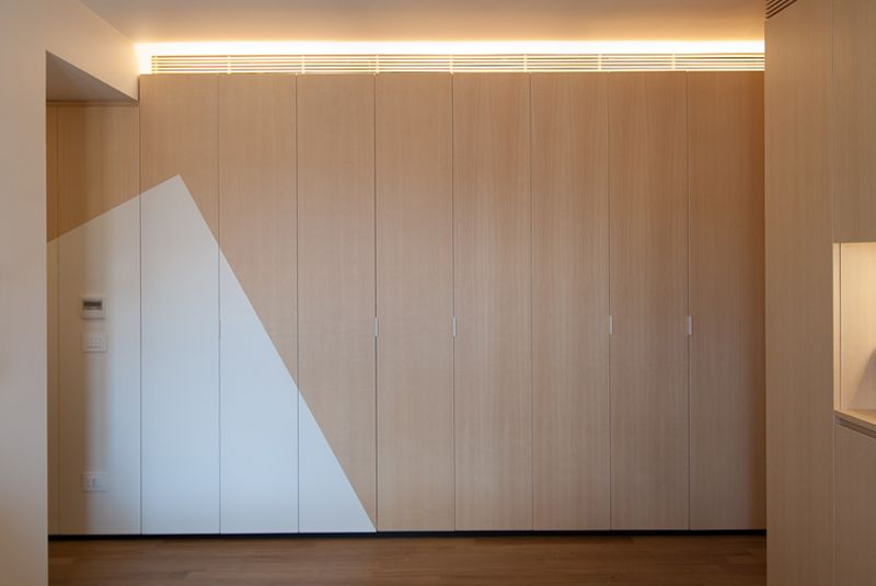 Love the simple geometric paint job that adds interest to an otherwise boring space
