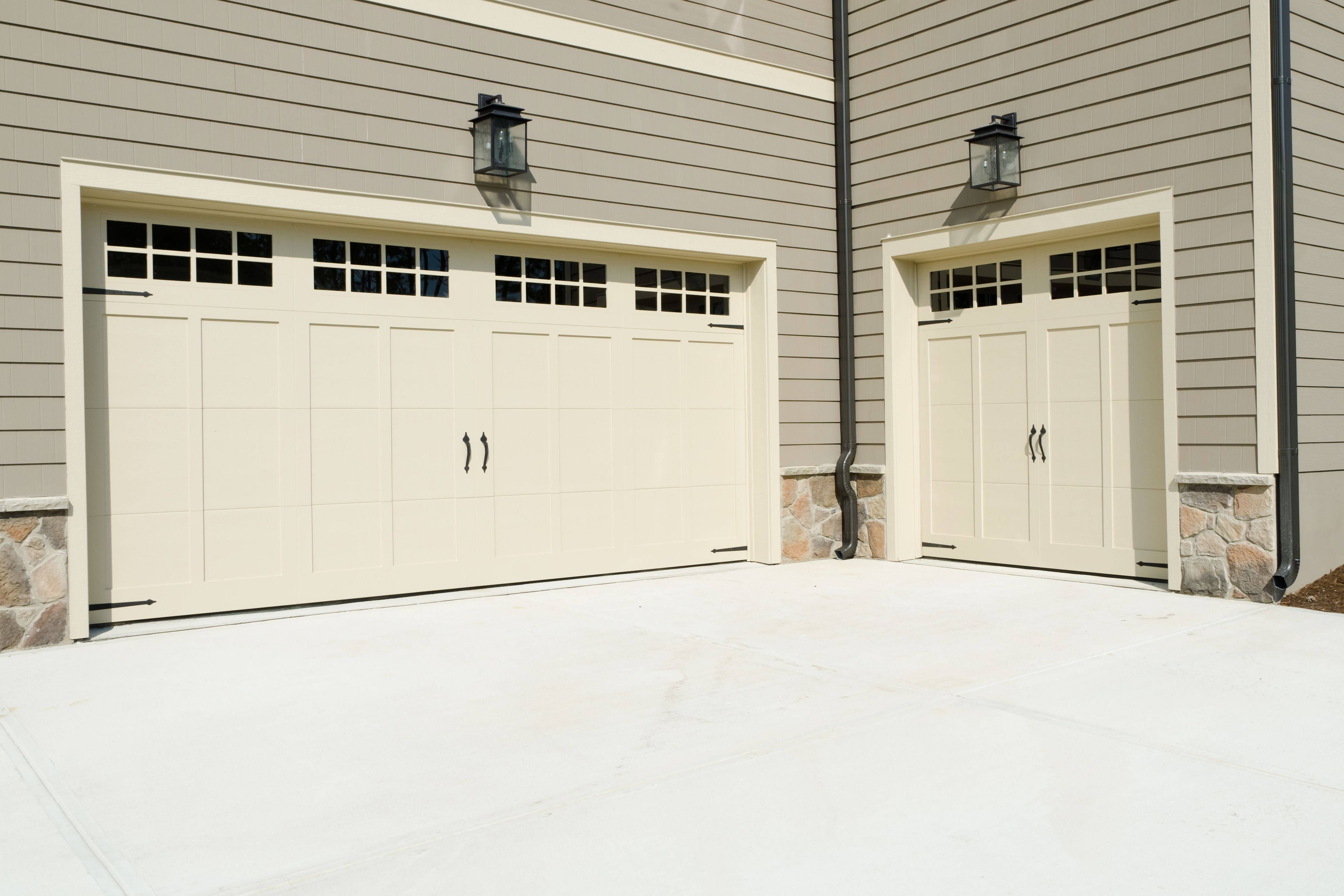 We Offer Same Day Services For Several Repairs Including Jammed Garage Door Damaged Or Worn Garage Door Springs Garage Door Repair Service Garage Door Repair
