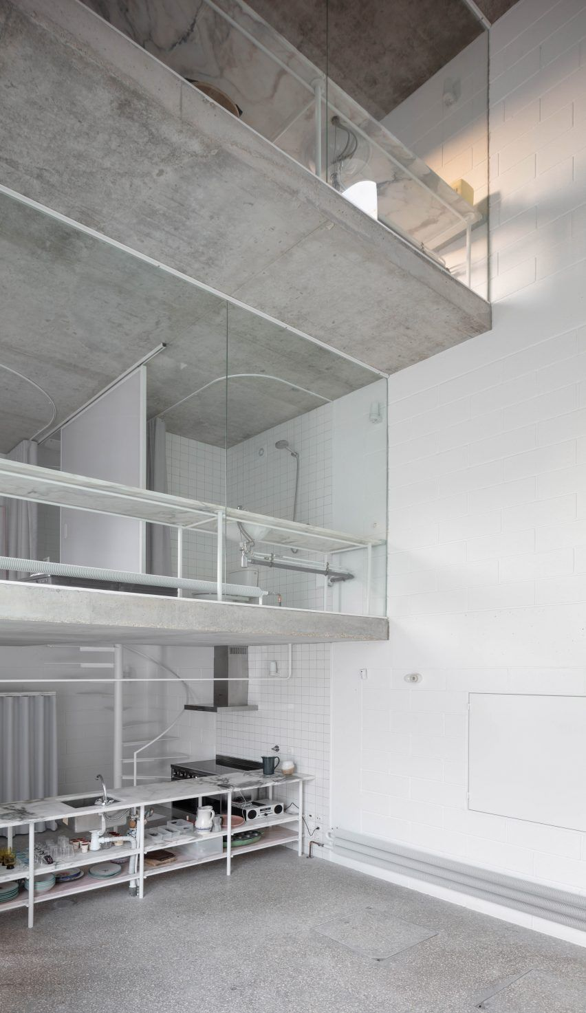 Staggered Floors Overlook Four Storey Void At Architect S Dodge