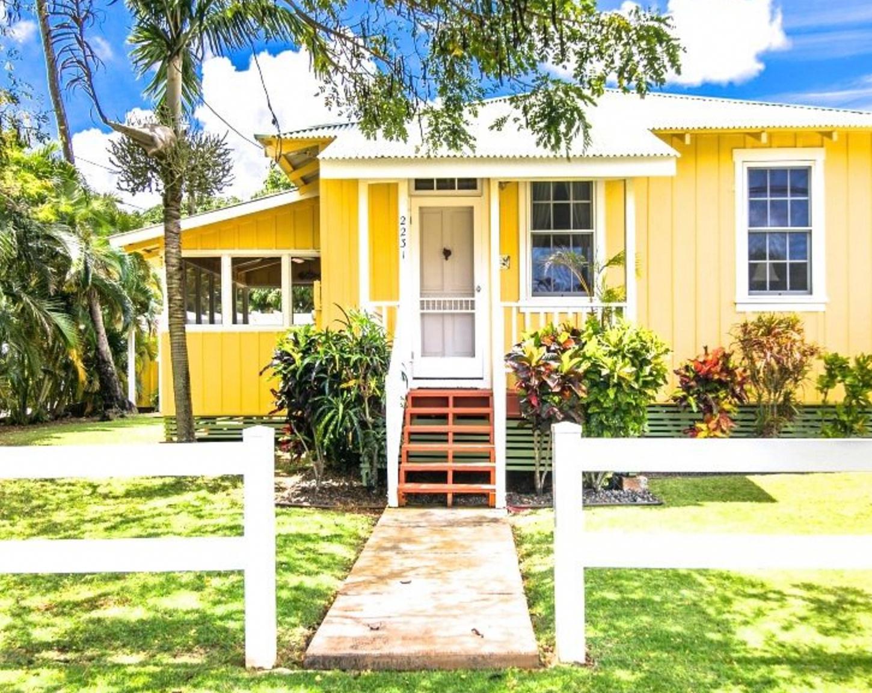 beach house interior design BEACHCOTTAGES in 2020 Beach