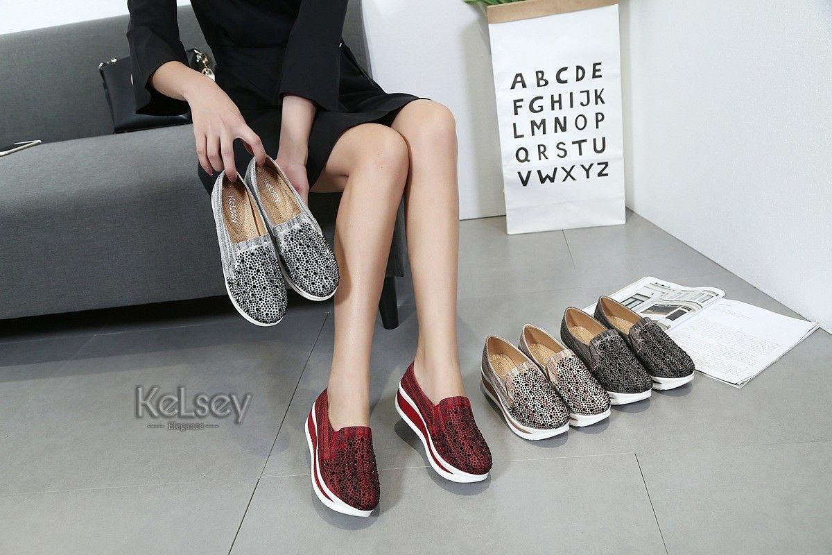Sepatu Kelsey M746 R248 D Laris Manis Bahan Kanvash Sangat Bagus